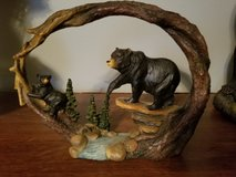 bear and cub decoration in Fort Campbell, Kentucky