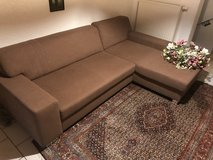 Couch pet free! Like new in Ramstein, Germany