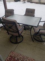 Patio chairs and table in Wheaton, Illinois