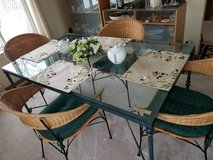 Dining Room Table and 4 Chairs in Sandwich, Illinois