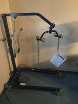 Hydrolic Hoyer Lift and Sling in Plainfield, Illinois