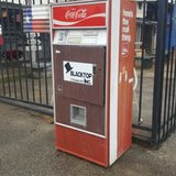 Vintage 1972 Coca Cola Coke Machine in Spring, Texas