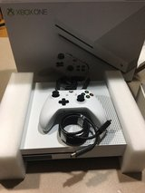 brand new Xbox one s slim 500 gb in Naperville, Illinois
