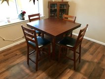 Square table and 4 chairs in DeRidder, Louisiana