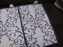 2 quilted navy and white shams standard size New in Alamogordo, New Mexico
