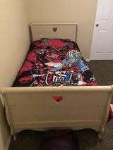 Little girls matching twin bed and dresser in Yucca Valley, California