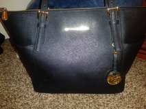 Michael Kohrs Black Jet Set Bag in Temecula, California