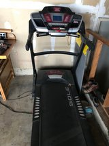 Treadmill in Oswego, Illinois