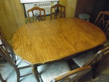 dining room rable W/6 chairs(credit card accepted) in Camp Lejeune, North Carolina