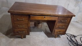 wooden desk in Oswego, Illinois