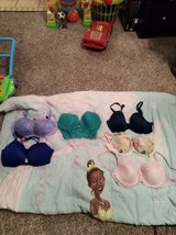 36DD Victoria Secret Bras in Fort Campbell, Kentucky
