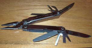 leatherman super tool in Fort Leonard Wood, Missouri