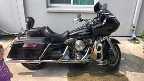 FOR SALE - 1998 Harley Davidson Road Glide with accessories in Camp Humphreys, South Korea