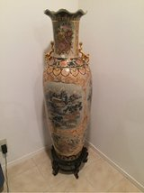 Twin 4ft Oriental Vases in Okinawa, Japan