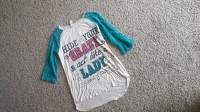 Giddy up glamour top sz S in Cleveland, Texas