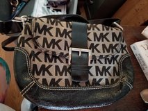 Michael Kors crossbody purse in Fort Leonard Wood, Missouri