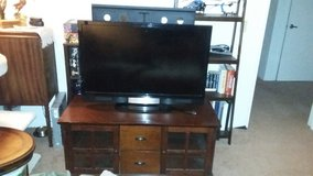 "42"" Visio LCD tv with stand in Fairfield, California"