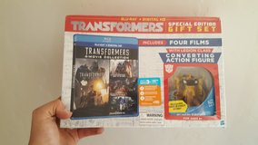 Transformers 1-4 Gift Set  (Blu-ray + Digital HD + Converting Action Figure) in Alamogordo, New Mexico
