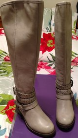 BRAND NEW STEVE MADDEN BOOTS SIZE 6.5 in Cherry Point, North Carolina