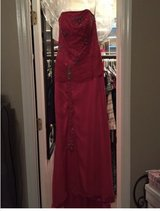 Prom Dress in Fort Hood, Texas