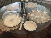 Lenox Charleston 7 (5 pc full sets) extra serving serving pcs in Beaufort, South Carolina