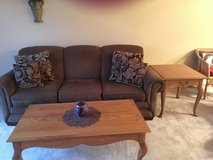 Sofa, Coffee & End Tables in Glendale Heights, Illinois