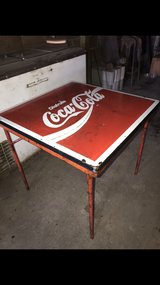 Vintage Mexico Coca-Cola Metal Table in Baytown, Texas