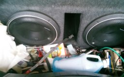 Rockford fosgate amp and 2 12in subs in Fort Campbell, Kentucky