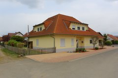 SALE: Hütschenhausen, Excellent Single Family Home in Ramstein, Germany