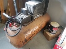 Craftsman 25 gallon air compressor in Camp Lejeune, North Carolina