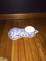 Blue and White Hand painted China serving tray from Portugal in Glendale Heights, Illinois