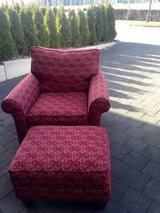 Comfortable Chair w/ Ottoman (pair available) in Stuttgart, GE