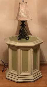 End table in Fairfax, Virginia