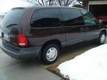 1997 PLYMOUTH VOYAGER MINI VAN in Lockport, Illinois