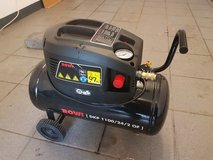 220 Volt Air Compressor with Hose in Ramstein, Germany