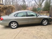 2001 Ford Taurus Low Miles in Chicago, Illinois