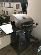 Char Broil  2 burner grill in Spangdahlem, Germany