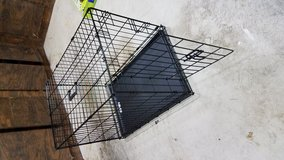 Med size dog cage in Moody AFB, Georgia