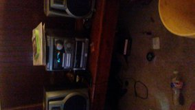 i have a stereo for sale or a trade for a bluetooth stereo that light up in Fort Polk, Louisiana