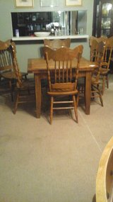 TABLE & 4 CHAIRS in Kingwood, Texas