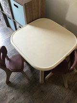 Kids table & chairs in Fairfield, California
