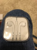 Apple ear pods in Fort Campbell, Kentucky