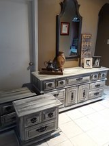Broyhill Dresser and Night Stands in Kingwood, Texas
