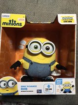 Minions Sing and dance Bob in Fort Riley, Kansas
