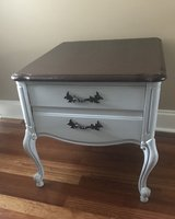 French/ Shabby Chic End Table/ Nightstand in Warner Robins, Georgia