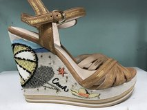 NWOT Coach Limited Edition Beach Wedge Sandals (sz8) in Camp Lejeune, North Carolina