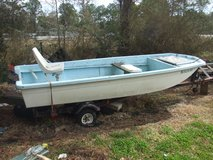 1975 SEARS tri hull boat in Camp Lejeune, North Carolina