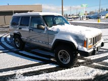 2000 Jeep Cherokee Sport XJ 4x4 in Fort Lewis, Washington