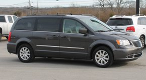 2015 Chrysler Town & Country Touring 1-owner  #10750 in Bowling Green, Kentucky