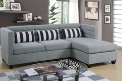 SECTIONAL SET W DECORATIVE PILLOWS FREE DELIVERY in Huntington Beach, California